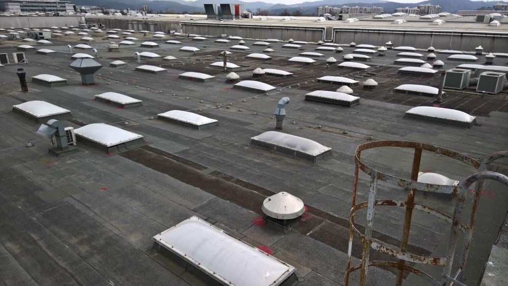 Ravna streha cena
